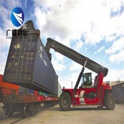 Agente ferroviario in Cina Railyway che spedice al trasporto internazionale del treno dell'Europa