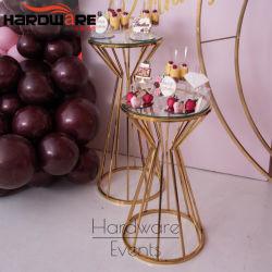 結婚式の家具の党によって使用される装飾の金の金属のRooudの花の柱