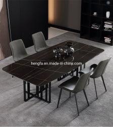 現代ホーム家具の金属フレームのレストランの大理石のダイニングテーブル