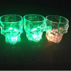 党Halloween KTV Hogarのための多彩な点滅LEDの軽いコップの魔法の幻影のガラスフラッシュワインビール棒マグの飲み物