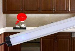 Contrôle du capteur IRP pour LED linéaire pour le cabinet d'utiliser la barre d'éclairage