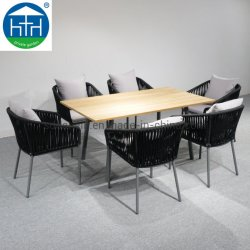 Tavolo Da Pranzo E Sedie In Teak Con Struttura Intrecciata Garden Rope Di Alta Qualità