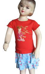Mädchen-Pyjamas stellt T-Shirts u. Fußleisten ein