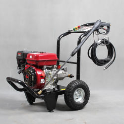 L'alimentation gaz commercial Mobile Mini essence nettoyeur haute pression de pulvérisation de l'eau