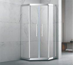 Armário com chuveiro, Banheira completa chuveiro sala