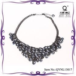 Die 2013 Form-Halsketten-bördelt magischer Schal Vners Kristall Halskette