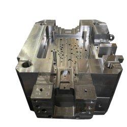 Standaardtolerantie Hoge hardheid Auto onderdelen Metaal eenvoudig in structuur Matrijsinspuitgietbasis