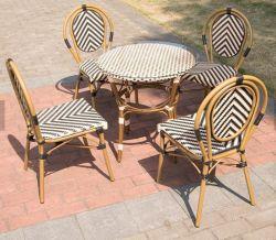 Vintage de buena calidad para uso en exteriores de aluminio de bambú mira superior de cristal rota juego de mesa de comedor Muebles de jardín