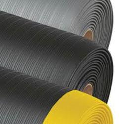 Gehele verkoop Industriële staande Diamond Anti-Fatigue PVC Foam Sheet/Floor Met gele rand
