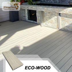 Privato Villar decorato composito legno Corridoio Decking