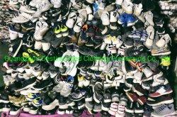 استعمل تاجر مصنع جوانجزو ملابس حقائب أحذية مختلطة اليد الثانية أحذية بأسعار رخيصة