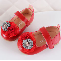 赤ん坊靴の優雅な幼児の幼児は女の子のスパンコールの花の甘い王女の服靴Esg14180をからかうLeather
