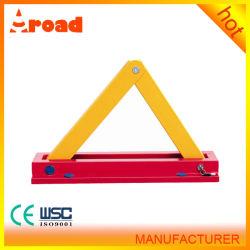 Une forme triangle jaune le blocage des roues manuel du frein de stationnement