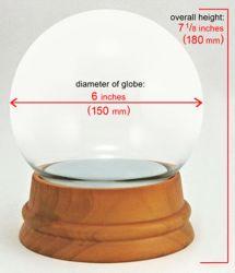 Bal van de Sneeuw van het Glas van de Basis van het Ornament van de Desktop van de fabrikant de Houten