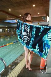 Оптовая торговля индивидуальные 100% хлопок 70*145см 330g активно печатается махровыми банными полотенцами на пляже полотенце