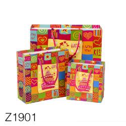 Z1901 Matte lumière Shopping Sacs Bagshopping accepter sac personnalisé de classe alimentaire Stand up Ziplock logo imprimé des sacs en papier kraft de l'artisanat