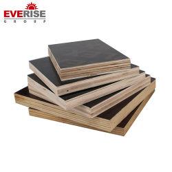 標準サイズ4は'フィルム8フィートの建築材料のためのポプラの合板の合板に直面した