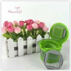 プラスチックステンレス鋼の食糧野菜カッターのニンニクのチョッパーのニンニク絞り器