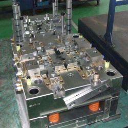 prix d'usine injection moule personnalisées dans la partie en plastique