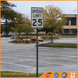 電流を通される鋼鉄Uのポストか道の側面のための粉のコーティングの交通標識のポスト