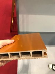 ASA-Coextruded OpenluchtWPC Decking en de Tegels van de Vloer