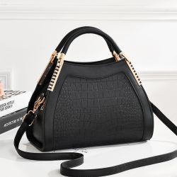 Btl10543China는 적중 판매 Snakeskin 여자 지갑 형식 숙녀 Python 사슬 PU 손 부대를 도매한다