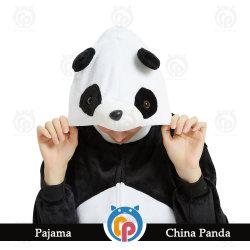 Venta directa de fábrica Panda traje de franela 100% poliéster acogedor lleno de prendas de vestir de Stock funda