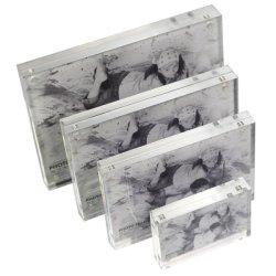 Transparent en acrylique magnétique Photos châssis d'affichage des formats personnalisés