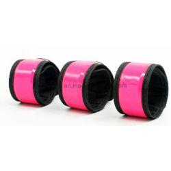 Custom lueur dans l'obscurité Bracelets LED clignotant Bandes de bras pour SPORT LIGHT