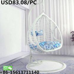 大人の寝室の屋外の庭の回転振動バスケットの藤の椅子