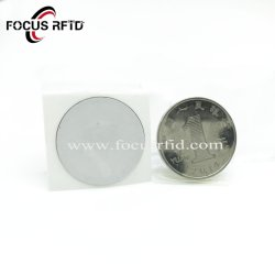 高性能のラベルを追跡する反金属の層RFIDの札ID IC車のステッカーの資産