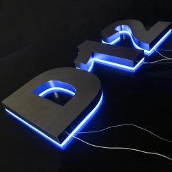 顧客用製造されたバックライトを当てられた屋外LEDによって照らされる屋家番号