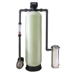 Het industriële Systeem van de Waterontharder van de IonenUitwisseling Voor Boiler en KoelToren