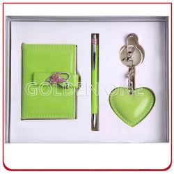 반짝이는 카드 수납장과 메탈 키 체인 선물 세트