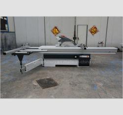 Le CNC Vertical panneau table coulissante Altendorf précis pour le travail du bois de coupe scie