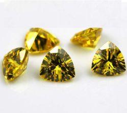 Lâche Gemstone Triangle jaune Zirconia Cubique artificiel synthétique