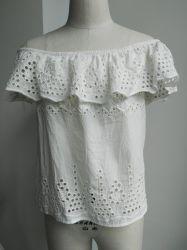 weg Schulter-vom eleganten Sommer-Strand-Form Ladys'cotton Voile mit Stickerei für Dame-Bluse