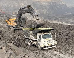 Sinotruck HOWO 70 Ton Mina Rey volquete Carretilla para Kenya de minería de datos