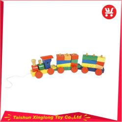 Tren de madera multifunción con coloridos bloques de madera