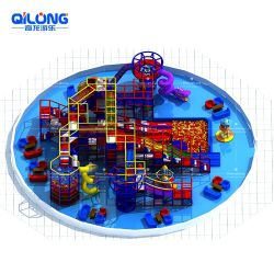 Los niños juegan en el interior Sala multifunción equipos de juego
