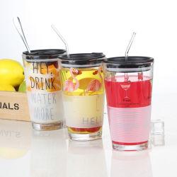 La verrerie 450ml 15oz verre de jus de gros de la cuvette de couleur unique à paroi simple tasse réutilisable de verre à boire avec couvercle et de paille