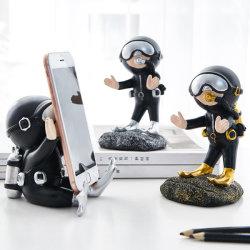 レジンオフィスデコレーションデスクアクセサリー素敵なダイバーの電話スタンドホルダー ガールフレンドへのギフト