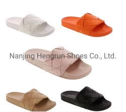 L'aise en PVC plat seul unisexe sandale de mode pour hommes et femmes 2021