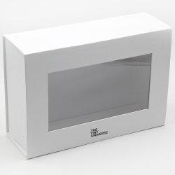 Comercio al por mayor de cartón duro cierre magnético Libro Blanco Caja de regalo
