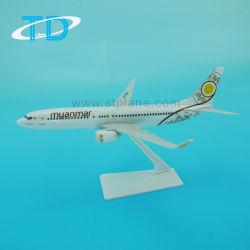 Giocattolo di plastica del modello dell'aeroplano del Myanmar B737-800