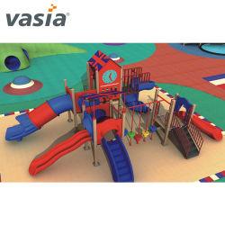 Kinder/Kind-lustiger Plastik schiebt im Freien/neues Innenholz/hölzernen Spielplatz