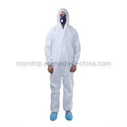 Het lichtgewicht Waterdichte Kostuum van het Overtrek van de Toga van de Isolatie van het Lichaam van het Type van Beschermende Kleding van de Industrie van de Plons van het Stof Chemische Bestand Microporous 5&6 Volledige Beschikbare