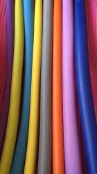 NBR/PVCの適用範囲が広いフォームラバーの絶縁体の管かホースまたは管