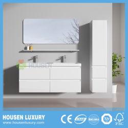 Les armoires de salle de bains de haute qualité avec deux lavabos et étagère de rétroviseur
