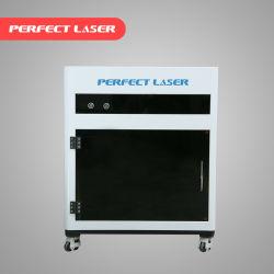 小型レーザーの彫版機械の中の同等の技術的な高速スキャンナー3Dの肖像画の水晶